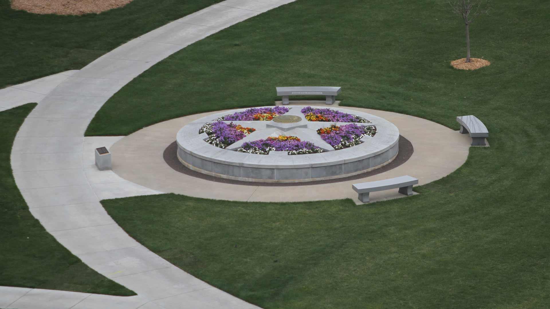 Top view memorial Layer-42