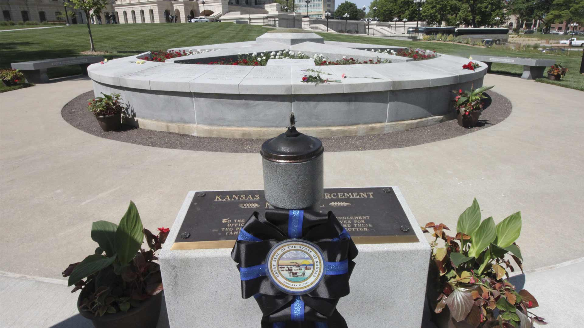Memorial Layer-56